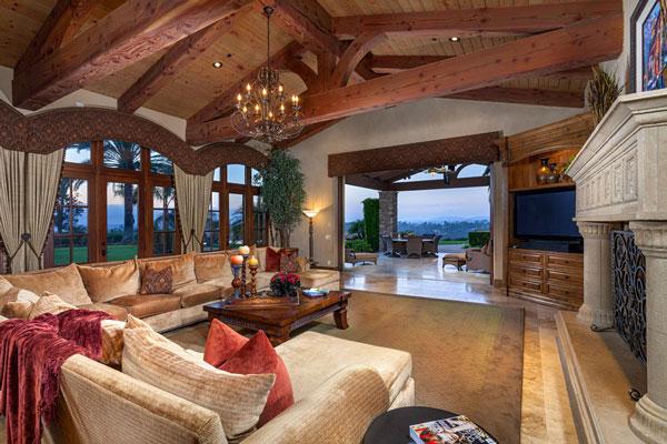 casual-luxury-rancho-santa-