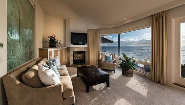 Beach Front La Jolla Real Estate, Donna Medrea Pacific Sotheby's