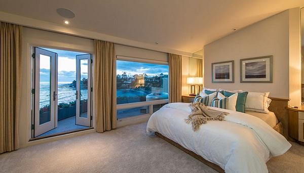 Oceanfront Master Bedroom, Beach Front La Jolla Real Estate, Ocean View