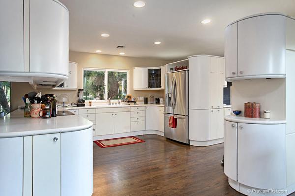 leucaida 1 acre luxury home