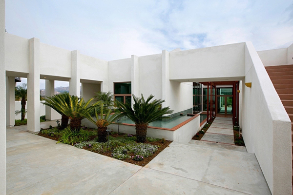 modern poway real estate